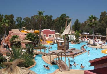Camping hy res r servez votre camping hy res ou dans for Camping hyeres avec piscine