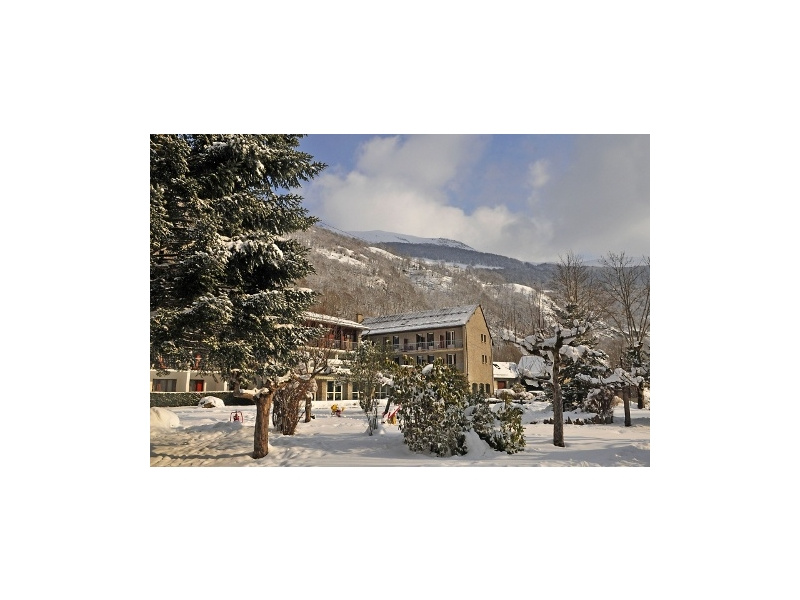 Pyrenees reservation hotel club l 39 ourson en pension compl te for Reservation formule 1
