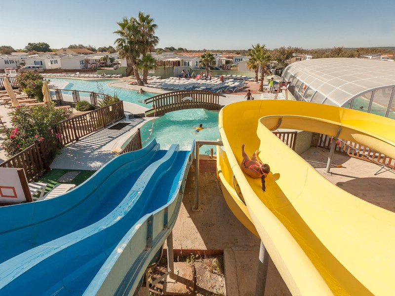 Gruissan plage narbonne location vacances for Camping narbonne plage avec piscine