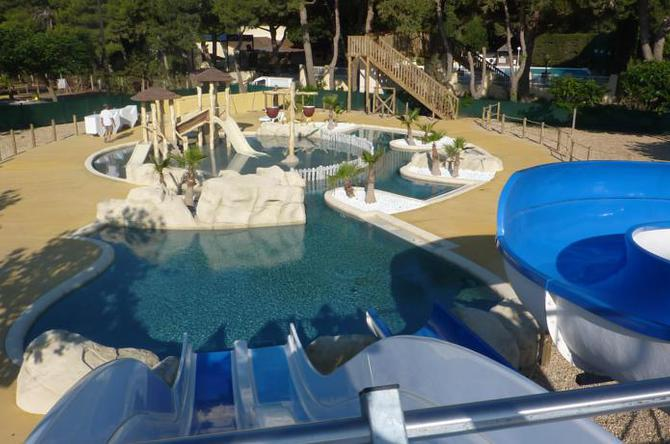 Camping camping le sainte marie camping num ro 1 grand for Club piscine ste marie
