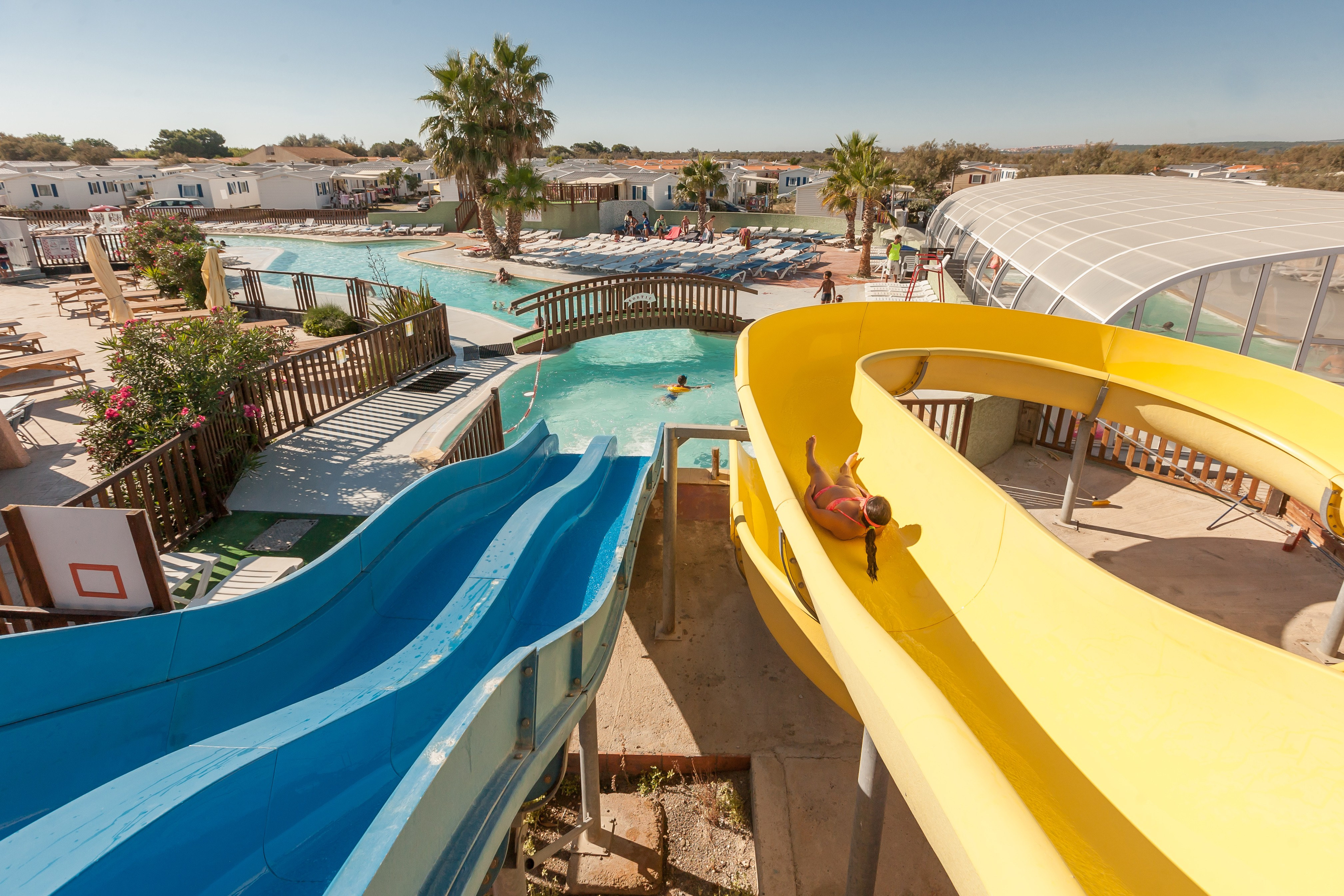 Camping 3 cottage village aux hamacs - Camping cottage village aux hamacs a fleury ...