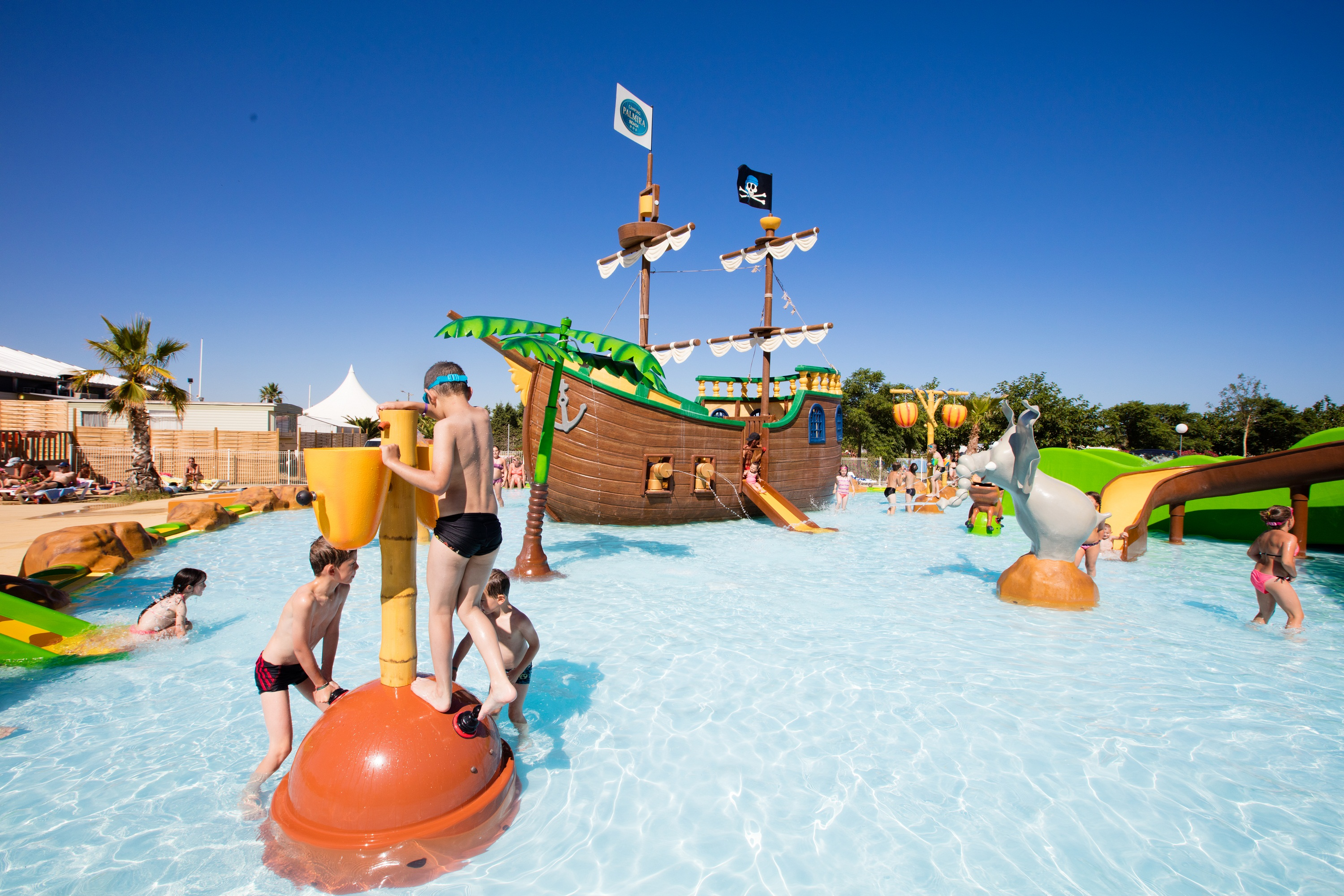Camping palmira beach 3 valras mediterranee ouest - Hotel narbonne plage avec piscine ...