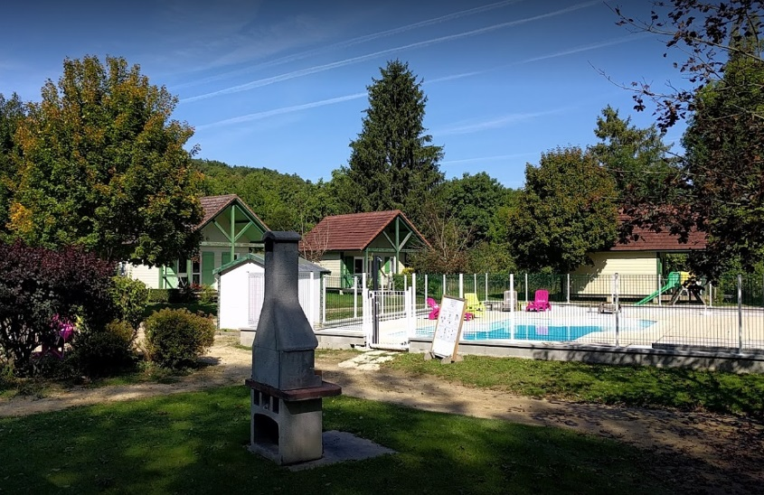 Camping piscine bourgogne tous nos campings piscine for Camping bourgogne avec piscine