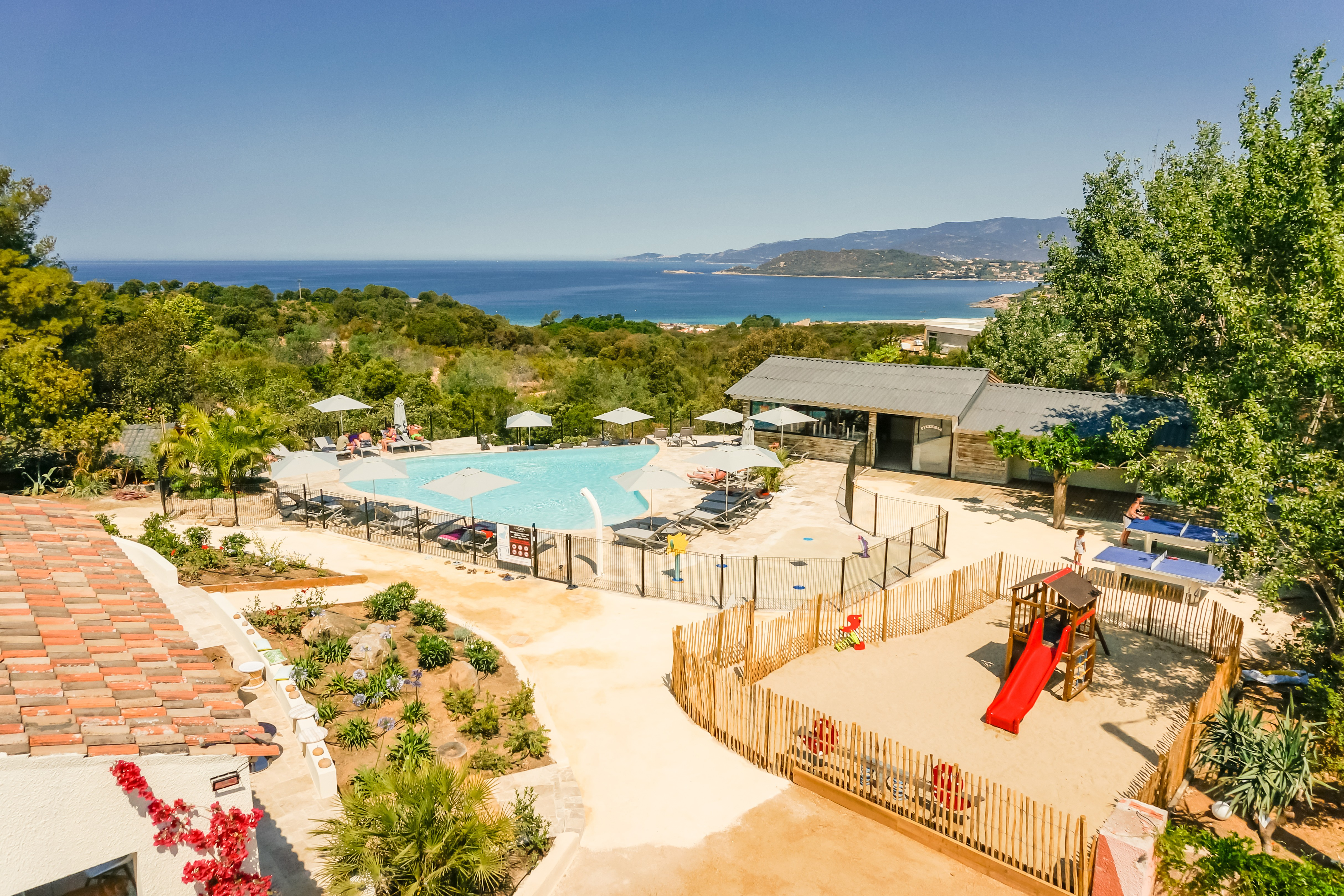 Campings en corse r servation d s 60 for Camping avec piscine sud de la france