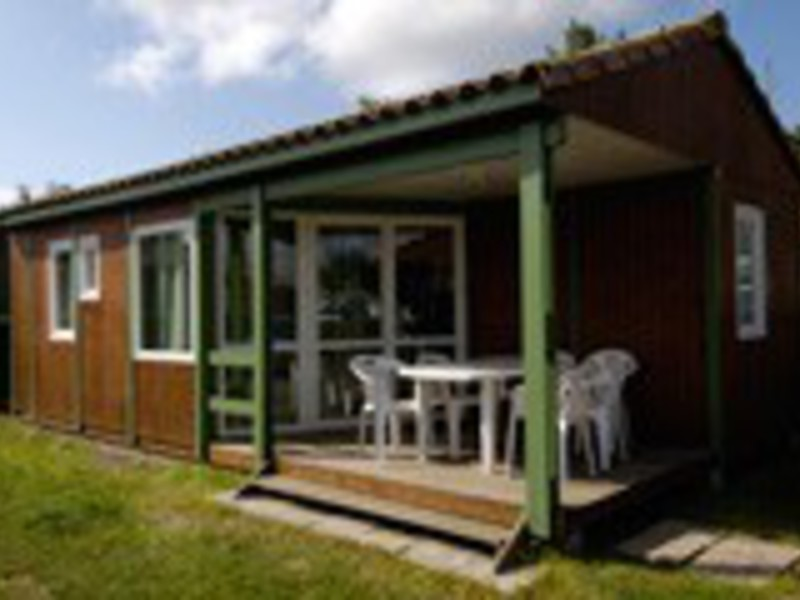 CHALET 6 personnes - 2 chambres + TV (HP6)