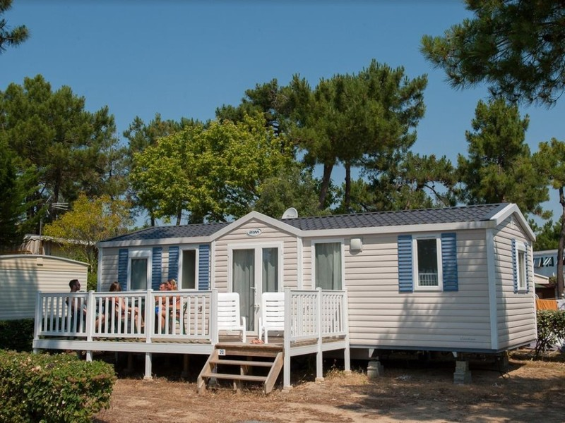 MOBILHOME 6 personnes - Cottage Grand Confort (3 chambres) TV + terrasse 6 pers.