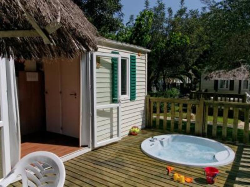 MOBILHOME 6 personnes - Wellness jacuzzi