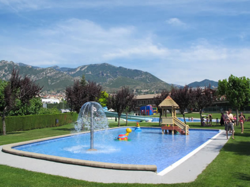 Camping berga resort for Club piscine lafontaine