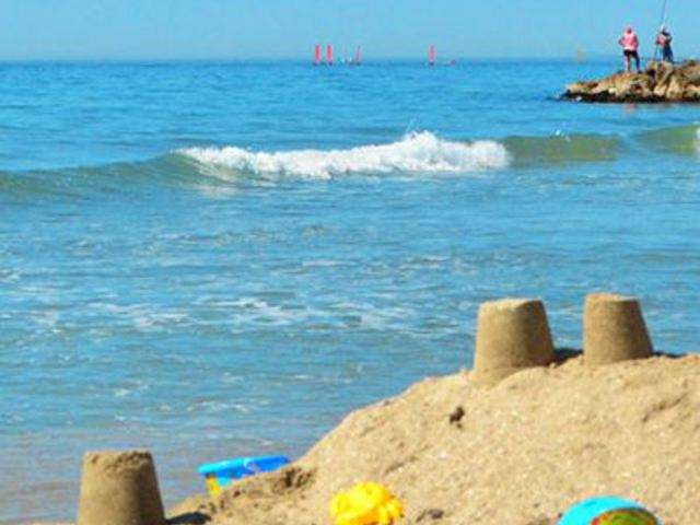 Camping montpellier plage 2 location occitanie avec for Salon camping montpellier