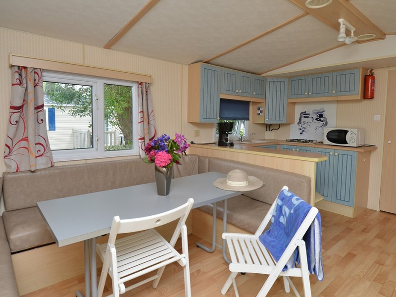 MOBILHOME 6 personas - 27m2 (sin terraza) , 2 habs.