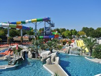Photo de Camping Club Les Brunelles 5*