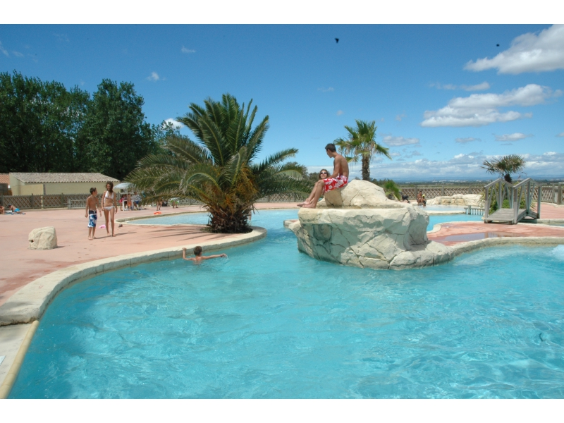 Camping 3 montpellier plage for Camping montelimar piscine