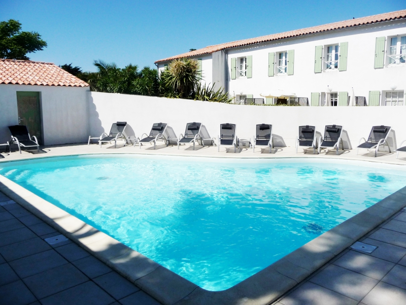 Residence adonis appart 39 hotel perle de r for Appart hotel plaisir