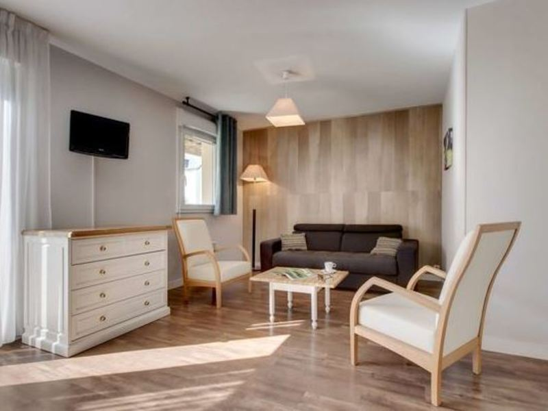 APPARTEMENT 4 personnes - TV