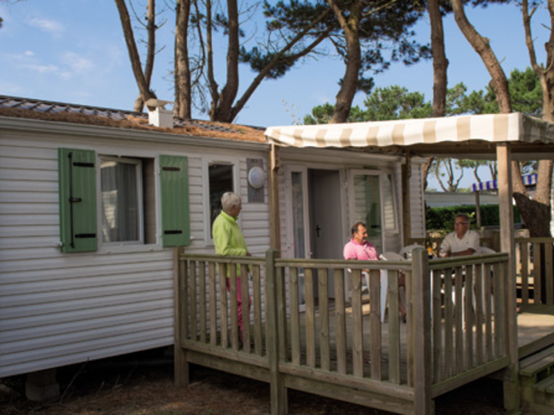 MOBILHOME 5 personnes - AUTHENTIQUE, 2 chambres 4 adultes maximum + 1 enfant