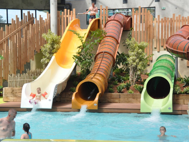Camping le domaine d 39 inly - Camping penestin piscine couverte ...