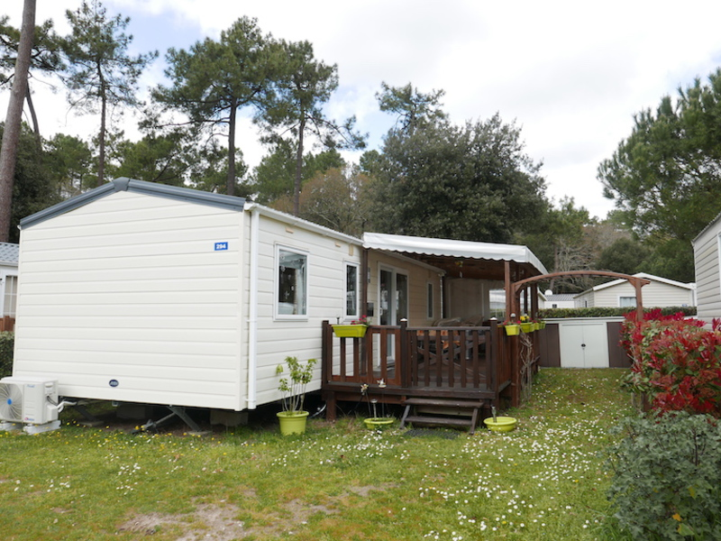 MOBILHOME 6 personnes - Elegance 40m², 3 chambres + TV + Clim' + LL + Terrasse couverte