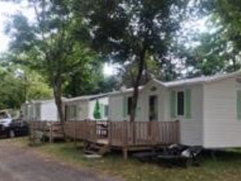 MOBILHOME 7 personnes - 2 chambres, terrasse couverte