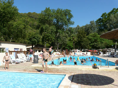 Camping  Au Vallon Rouge - Camping Alpes-Maritimes - Image N°2