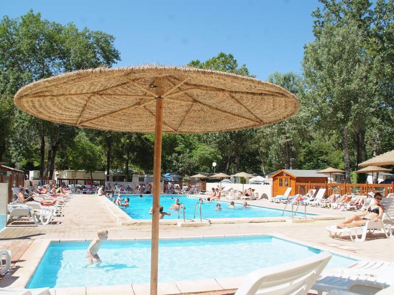 Camping  Au Vallon Rouge - Camping Alpes-Maritimes