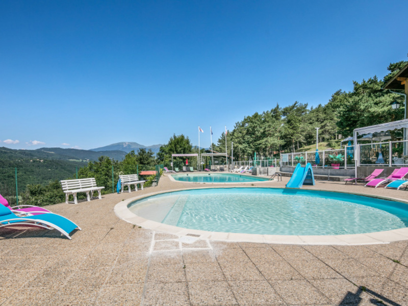 Camping Le Champ Long - Camping Isere