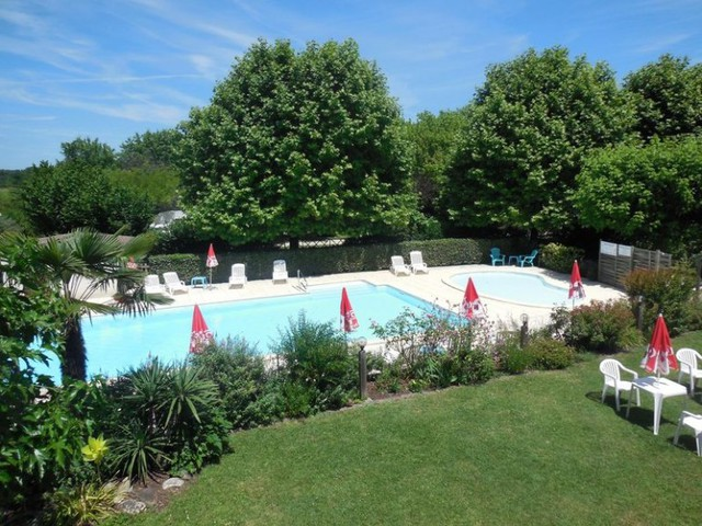 Camping La Rivière Fleurie - Camping French Time, 3*
