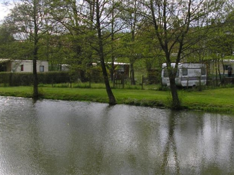Camping aire naturelle Chene Et Roseau - Camping Isere