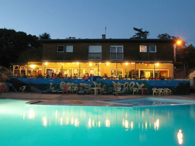 Camping L'oasis du Berry, 4* - 5